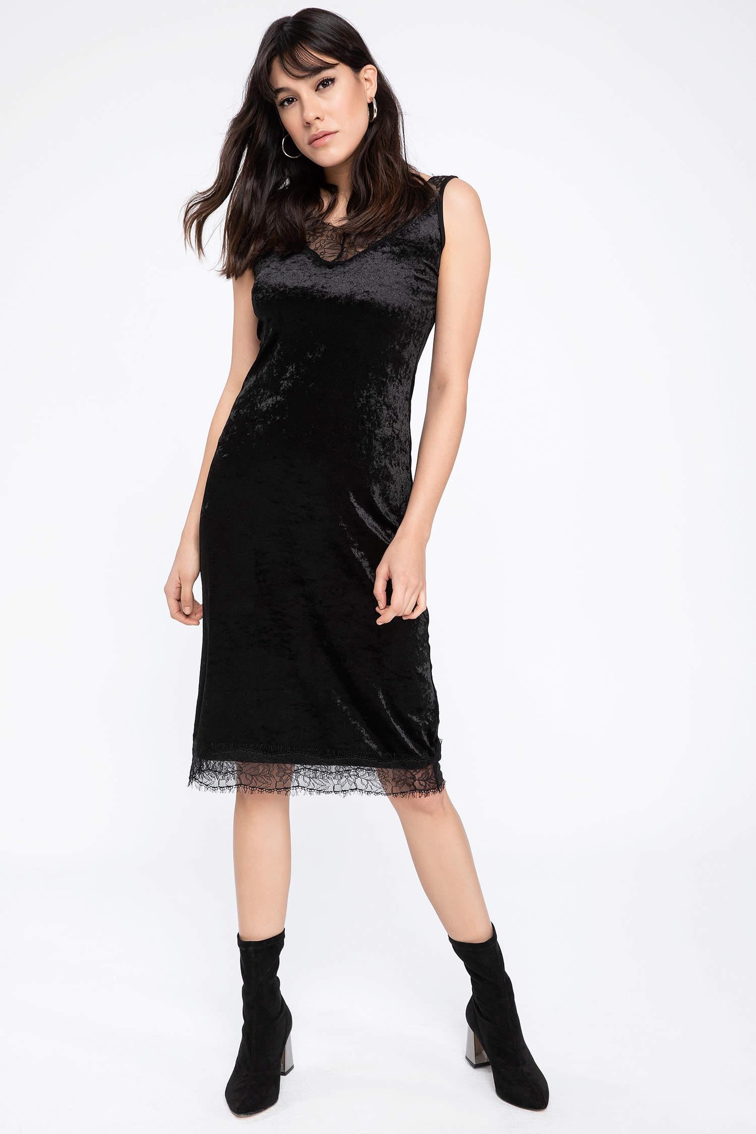 61de569a41022 Siyah Kadın Dantel Detaylı Kadife Elbise 794009 | DeFacto
