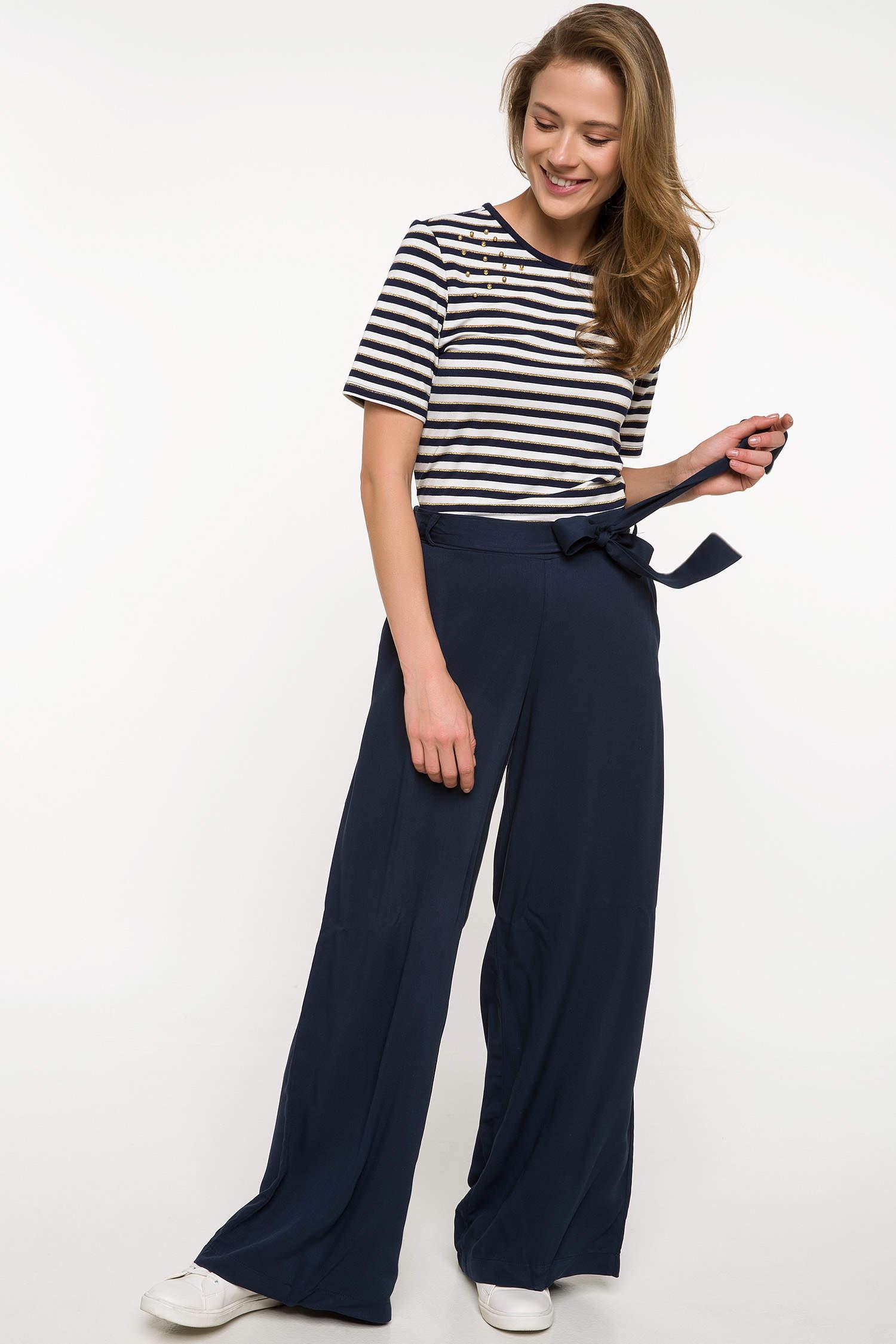 b991789c81e53 Lacivert Kadın Kuşak Detaylı Geniş Kesim Pantolon 822665 | DeFacto