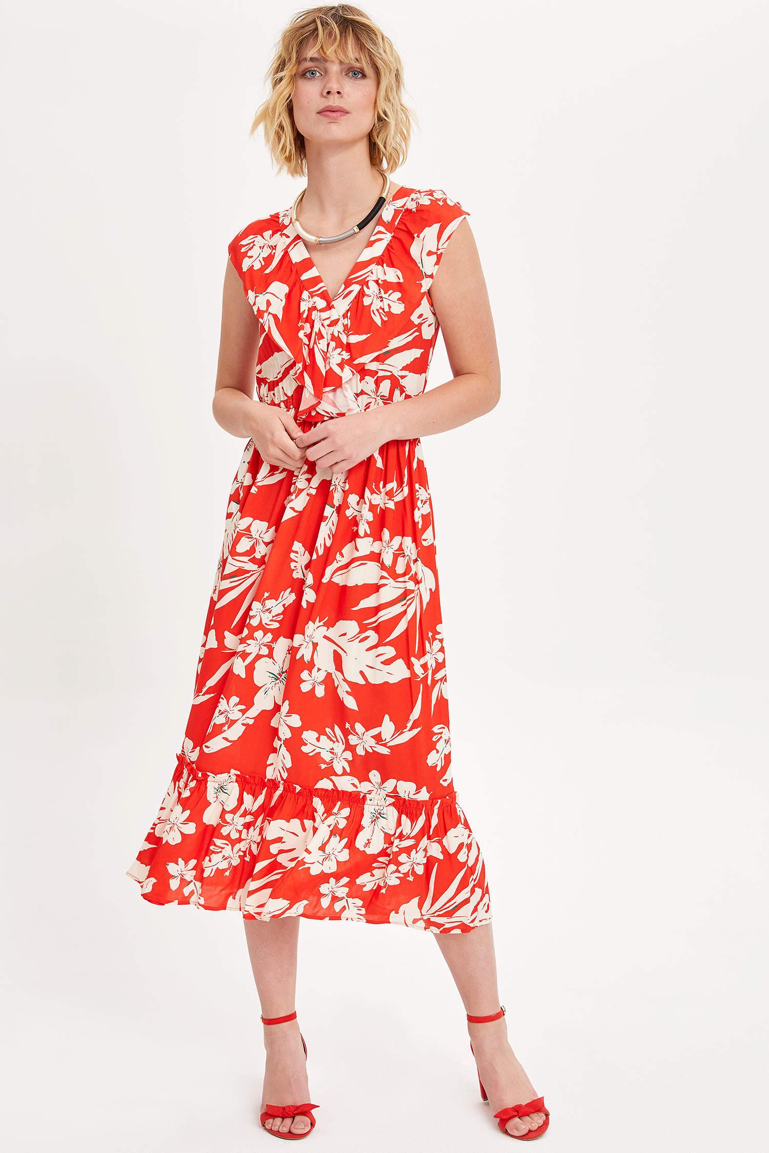 daa982bbaf7ef Kırmızı Kadın Kruvaze Yaka Çiçek Desenli Elbise 1001999   DeFacto